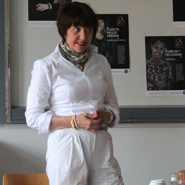 Встреча за чашкой кофе с Виви Киер